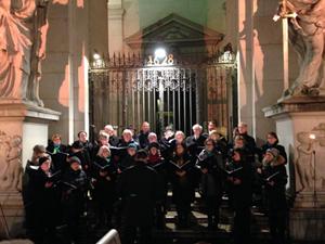 24. November 2019, 17:00 Uhr: Singen vor dem Dom